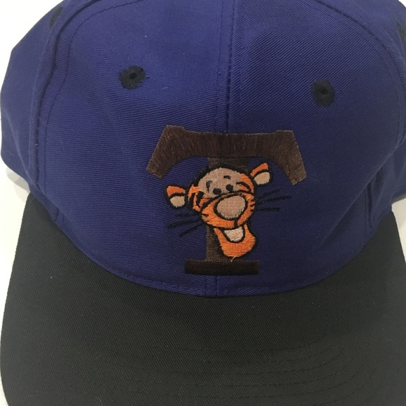 5227626734aac Vintage Tigger Snapback Hat. M 5beda457a5d7c60af1ada8a6. Other Accessories  ...